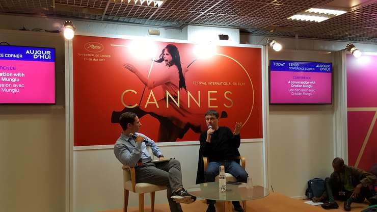 Cristian Mungiu la Cannes, sustinând o Masterclass în timpul Festivalului de film
