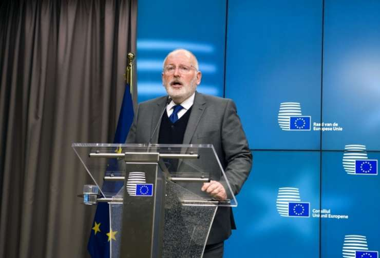 Frans Timmermans recomandă României să nu facă paşi înapoi (Sursa foto: European Union)