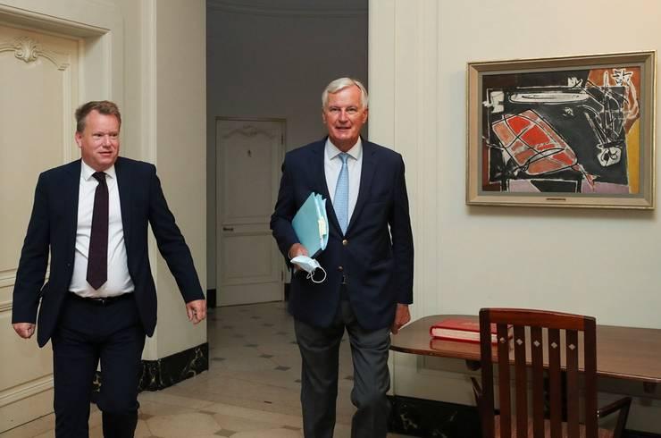 David Frost (stânga) și Michel Barnier