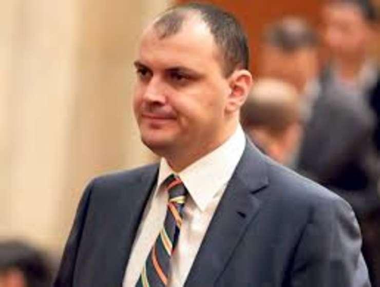 Deputatii juristi au incuviintat retinerea lui Sebastian Ghita, dar nu si arestarea preventiva