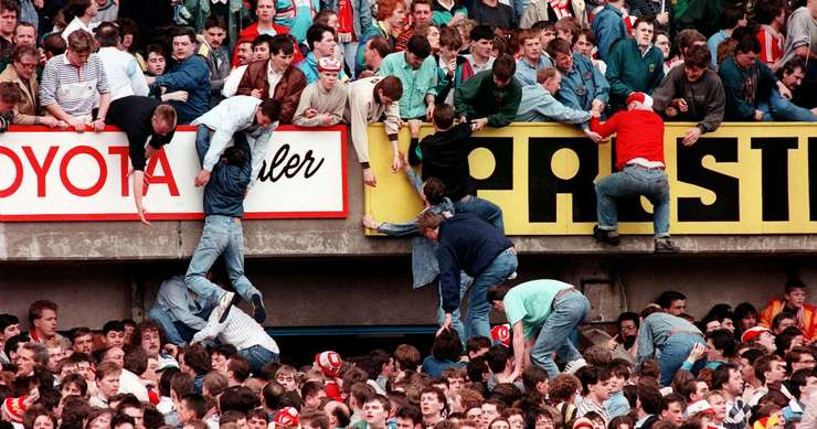 Stadionul Hillsborough din Sheffield 15 aprilie 1989