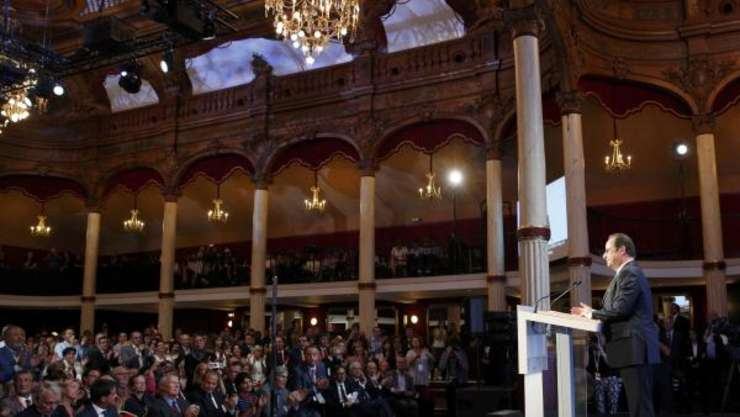 Presedintele Frantei, François Hollande, în timpul discursului rostit în sala Wagram de la Paris, 8 septembrie 2016