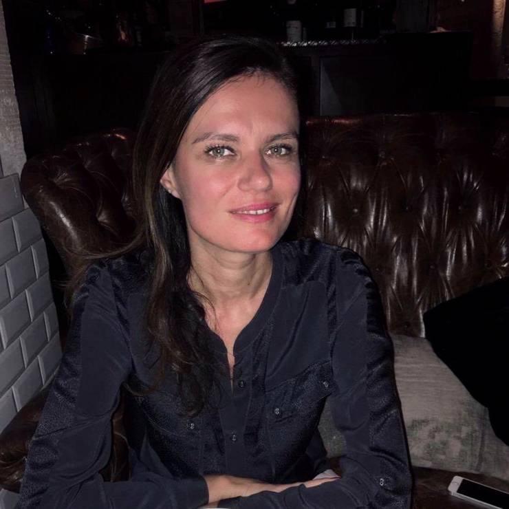 Laura Filitov tràieste de douà decenii în Franta. In luna martie, s-a îmbolnàvit de Covid-19 dar azi e vindecatà.