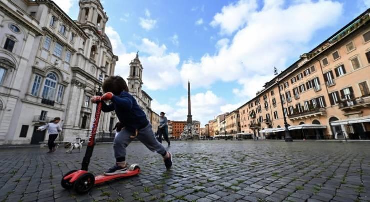 """Italia trece cu bine testul primei zile """"de libertate"""", după ce Guvernul a început relaxarea restricțiilor."""