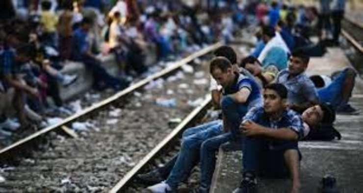 CE: 160.000 de refugiati trebuie redistribuiti intre statele membre
