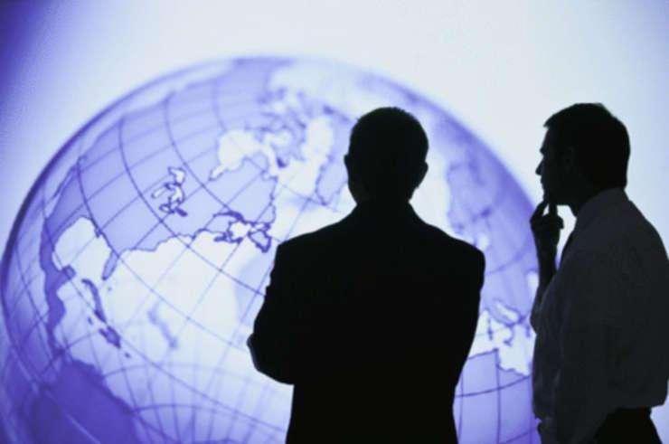 Oameniide afaceri spun că guvernul actual le oferă senzaţia de impovizaţie