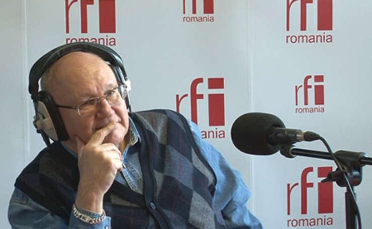 Ioan Mircea Paşcu, în studioul RFI (arhivă)