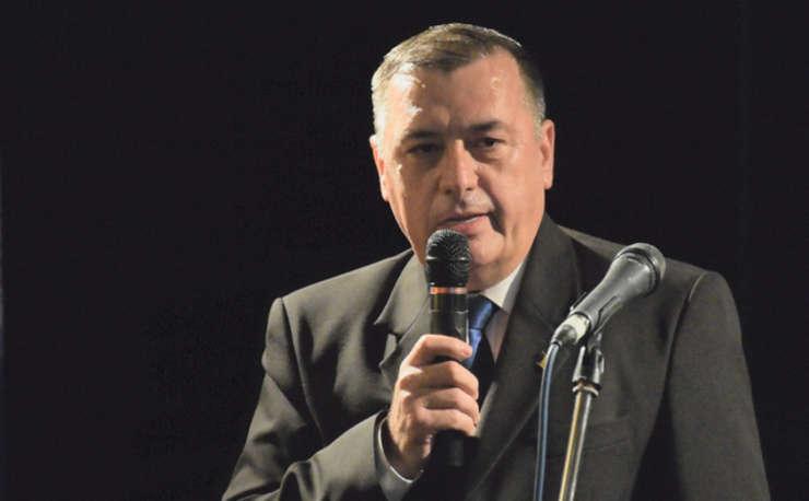 Armata are nevoie de bani și sprijin din partea clasei politice - Ion Petrescu
