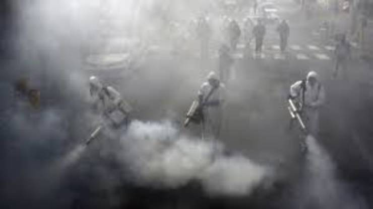 Teheran, 13 martie 2020, dezinfectarea unui cartier