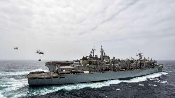 Nava USS Boxer (Foto: Keypher Strombeck/Navy Office of Information/AFP)