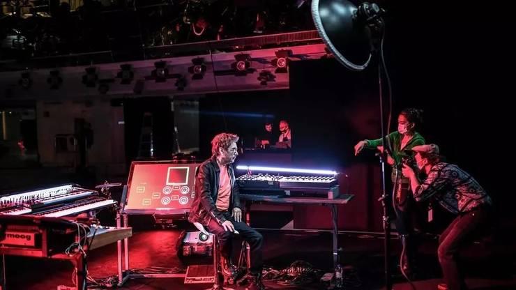Artistul-compozitor Jean-Michel Jarre, înaintea concertului din seara de 31 decembrie 2020.