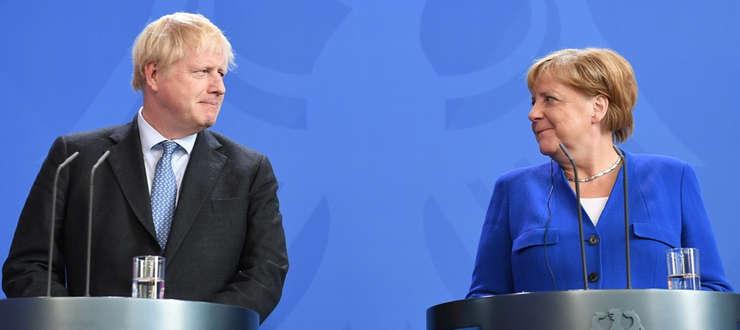 Boris Johnson și Angela Merkel