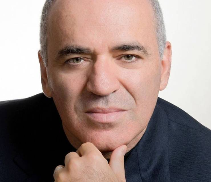 Fostul campion mondial de șah Gari Kasparov s-a aflat vineri la București pentru a inaugura  prima etapă a circuitului Grand Chess Tour 2021
