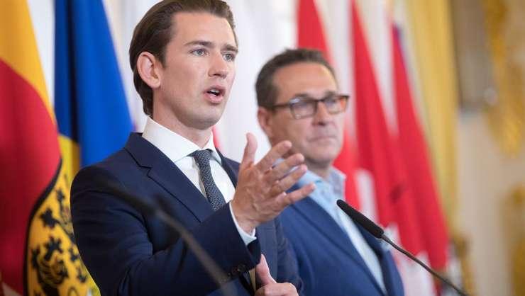Cancelarul austriac Sebastian Kurz si aliatul sàu din FPÖ, Heinz-Christian Strache, pe 3 iulie 2018 la Viena