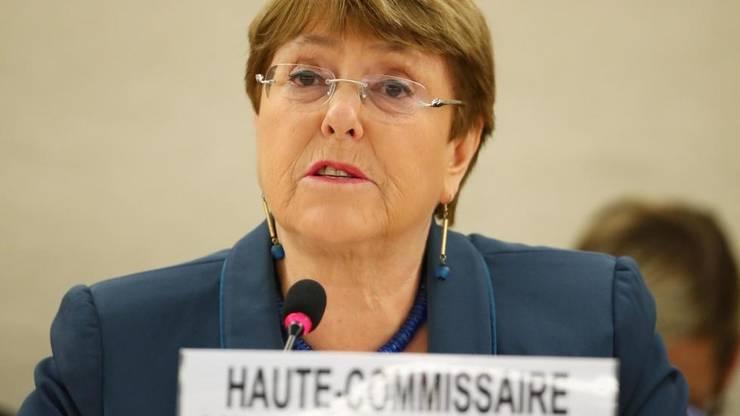 La Geneva, Michelle Bachelet, Înaltul Comisar ONU pentru Drepturile Omului, a cerut marți ca sancțiunile economice să fie relaxate pentru mai multe state ori chiar suspendate, pentru a putea lupta contra Covid-19.