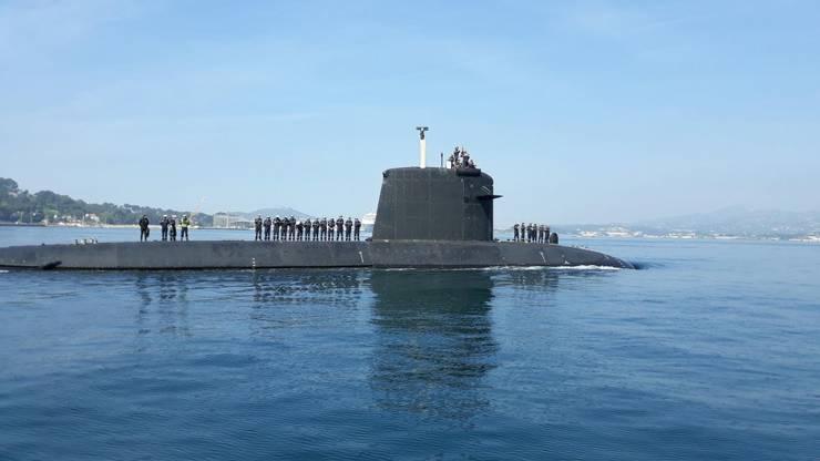 Submarinul nuclear La Perle, în portul Toulon în 2018