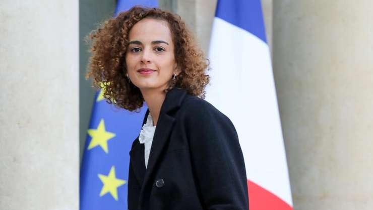 Scriitoarea Leila Slimani la Palatul Elysée pe 6 noiembrie 2017