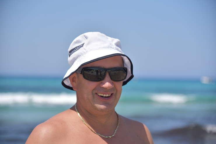 Petruş Teleanu vine din 2008 în fiecare an sà lucreze în Corsica din martie pânà în noiembrie