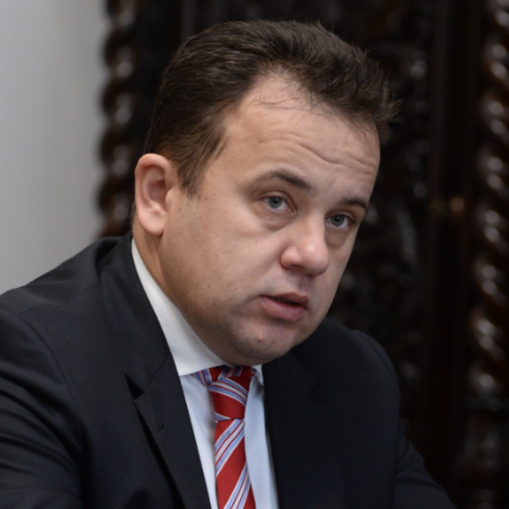 Liviu Pop: Sper că viitorul premier nu va face acelaşi gest pe care l-a făcut domnul Grindeanu (Sursa foto: Facebook/Liviu Pop)