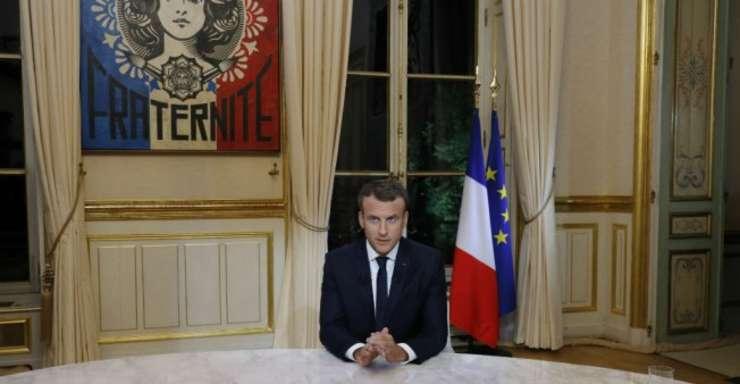 Presedintele francez Emmanuel Macron în cursul interviului de pe canalul TF1 din 15 octombrie 2017