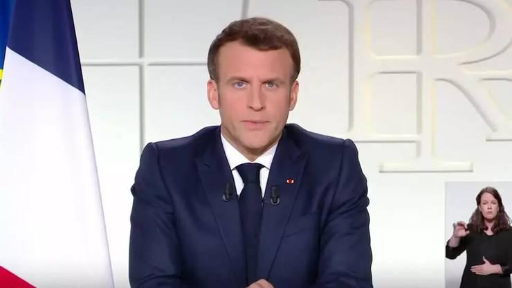 Presedintele francez Emmanuel Macron adresându-se compatriotilor sài, 31 martie 2021.
