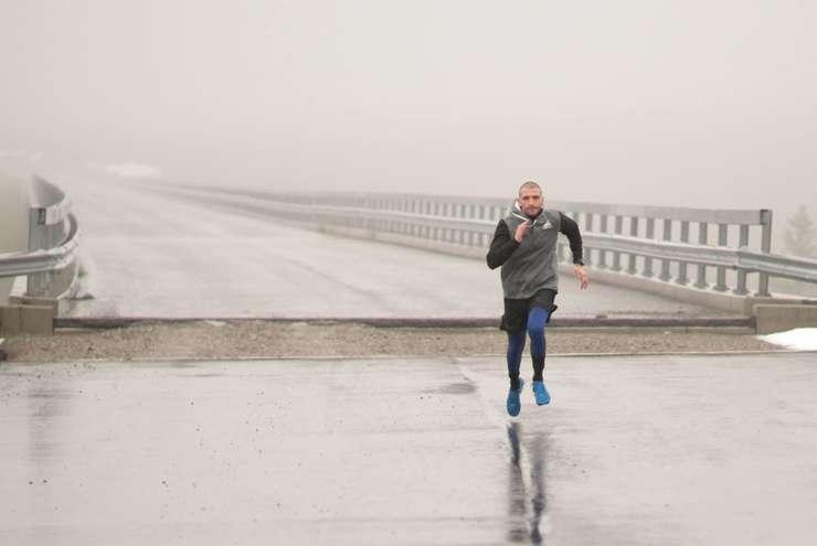 Afaceristul sucevean Ștefan Mandachi, care a construit primul și singurul metru de autostradă din Moldova, îndeamnă la un protest de solidaritate de 15 minute pe data de 15 martie.