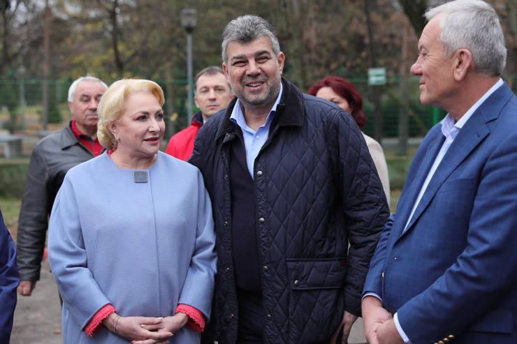 Marcel Ciolacu, aici alături de fostul premier, Viorica Dăncilă (Sursa foto: Facebook/Marcel Ciolacu)