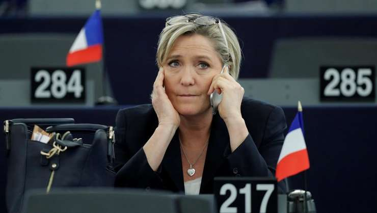 Marine Le Pen la Parlamentul European de la Strasbourg