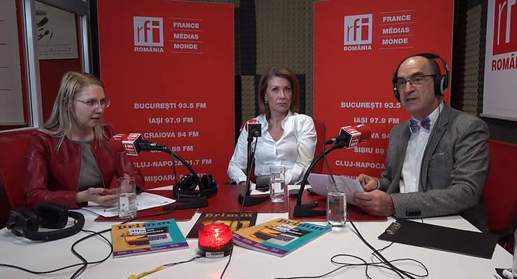 Mihaela CÎRCU, Nicoleta RADU şi Sergiu COSTACHE in studioul de emisie RFI Romania