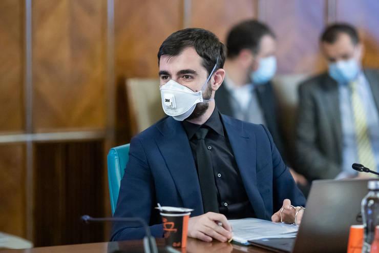 Claudiu Năsui vrea detașări de oameni, pentru ca schema de sprijin pentru companii să funcționeze mai bine (Sursa foto: gov.ro)