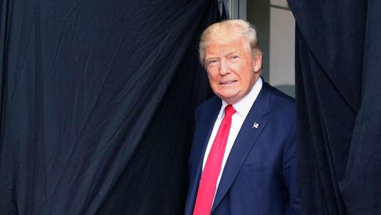 Donald Trump este învestit vineri, 20 ianuarie, în funcţia de preşedinte al SUA (Foto: AFP/Mary Schwalm)