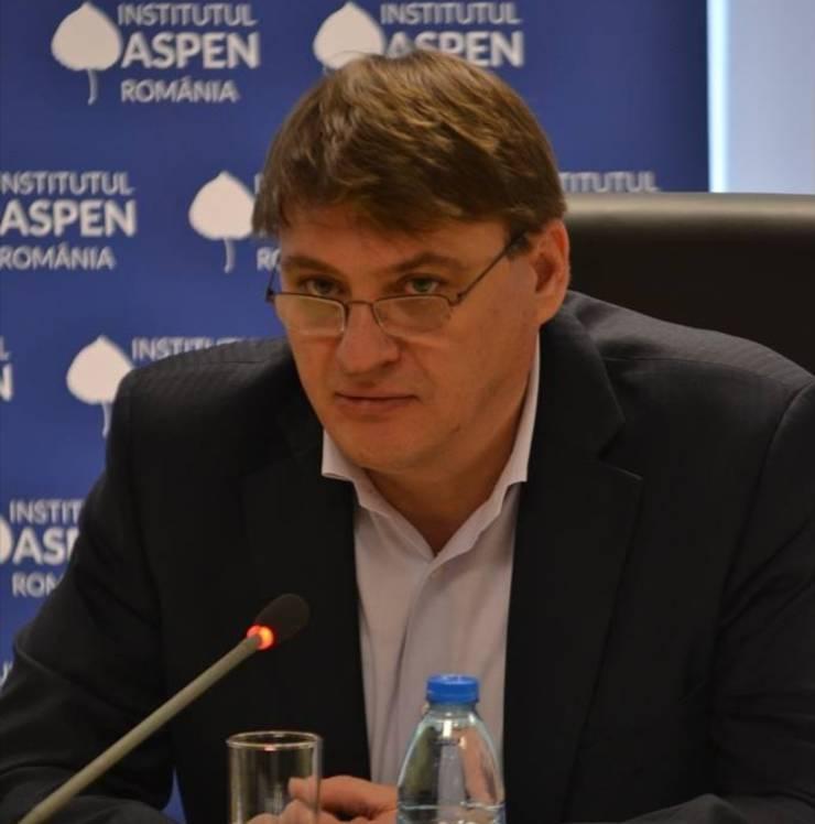 Ion M. Ioniță observă că deocamdată nu au apărut fisuri serioase în coaliție (Sursa foto: Facebook/Ion M. Ioniță)