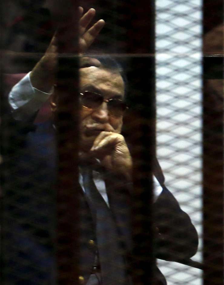 Fostul președinte egiptean Hosni Mubarak va fi rejudecat