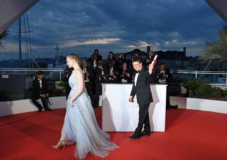 Regizorul român Cristian Mungiu la Cannes în 2016, laureat al premiului pentru regie