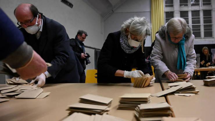 Municipale Franta- participare slaba, bune rezultate pentru stanga si ecologisti.