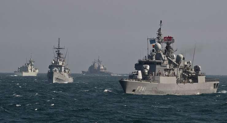 NATO a decis să sporească prezenţa navală în Marea Neagră