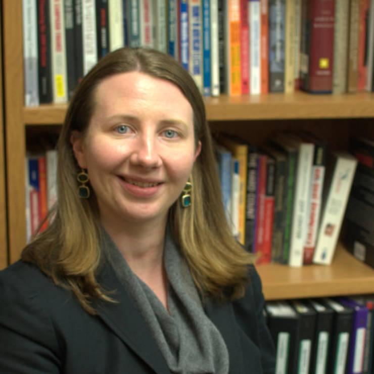 Eleanor Powell, profesoară de științe politice la Universitatea statului Wisconsin--Madison