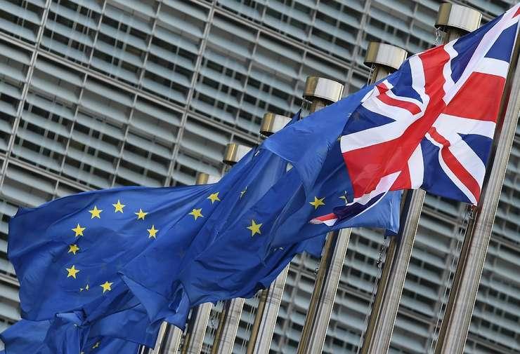 Deschiderea negocierilor comerciale cu Londra necesită mai întâi soluţionarea condiţiilor Brexit-ului