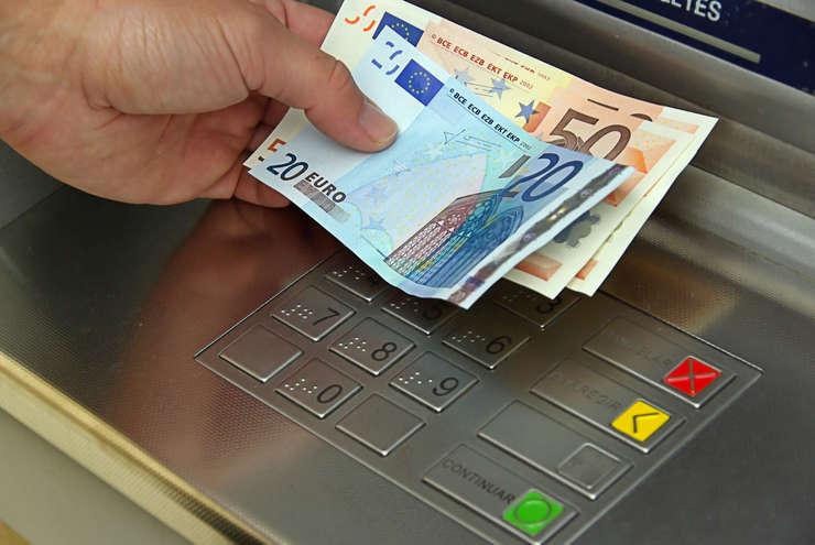 România vrea să înceapă tranziţia către euro în 2019.