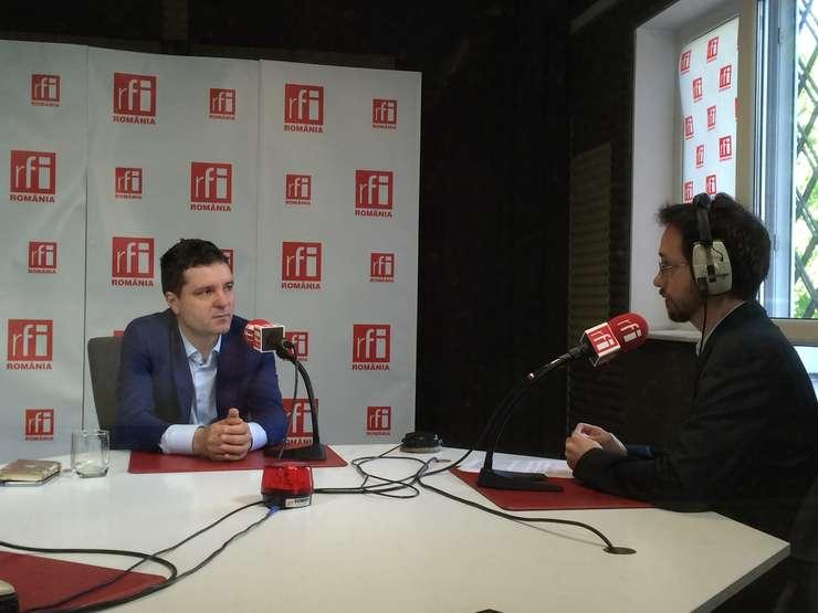 Nicuşor Dan, în studioul RFI (Foto: Amedeo Achim)