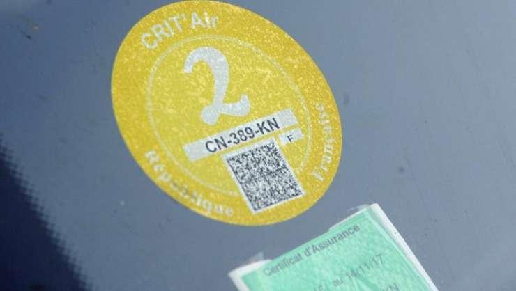 Parisul taxeaza masinile în functie de nivelul de poluare