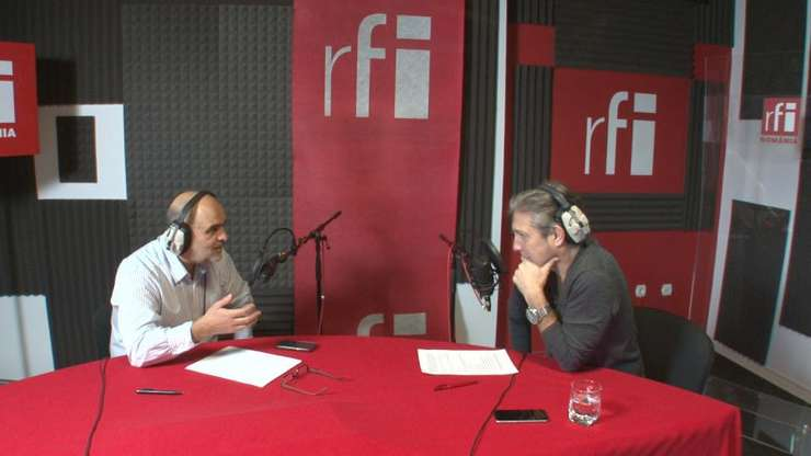 Ovidiu Nahoi și Nicolas Don in studioul de inregistrari RFI Romania