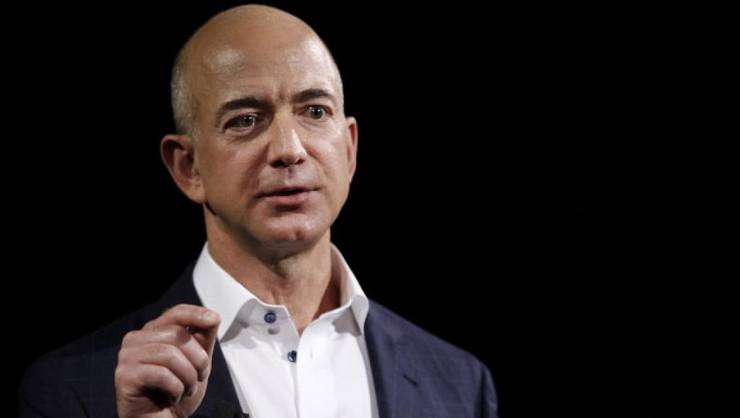 PDG-ul Amazon, Jeff Bezos este cel mai bogat om al planetei, potrivit Bloomberg