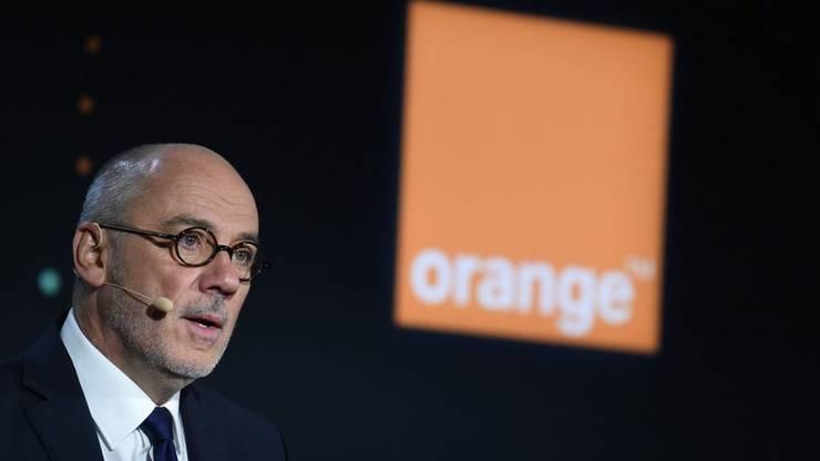 PDG-ul companiei Orange, Stéphane Richard, în cadrul unei conferinte de presa, 13 februarie 2020.