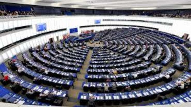Vot in PE: Proiectul de regulament prin care se limitează sau chiar îngheață finanțarea în cazul statelor membre în care statul de drept nu e respectat, a fost votat