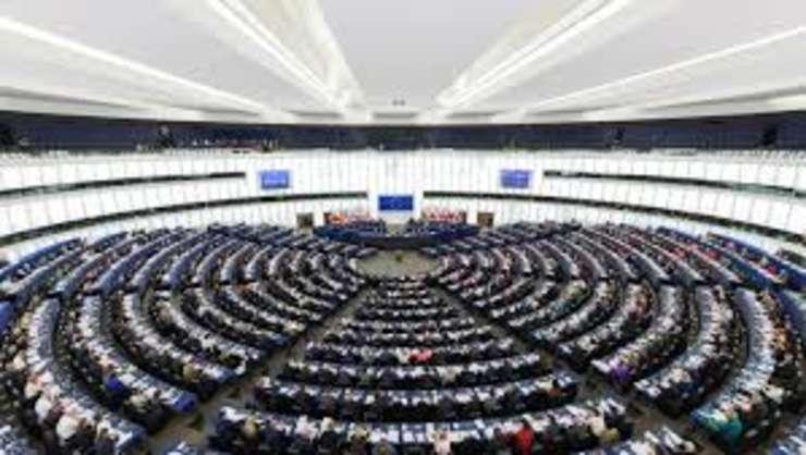 Draftul rezolutiei pentru Romania: PE, profund ingrijorat de schimbarile legilor justitiei si legislatiei penale