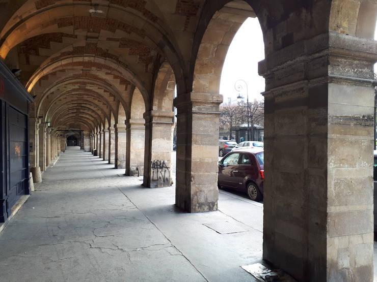 Place des Vosges, Paris pe timp de carantina, martie 2020.