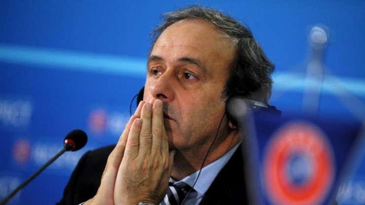 Michel Platini la o reuniune UEFA la Sofia în 2013