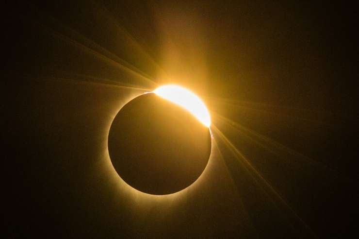 Eclipsa totală de Soare de luni, 21 august 2017 (Foto: AFP/Rob Kerr)