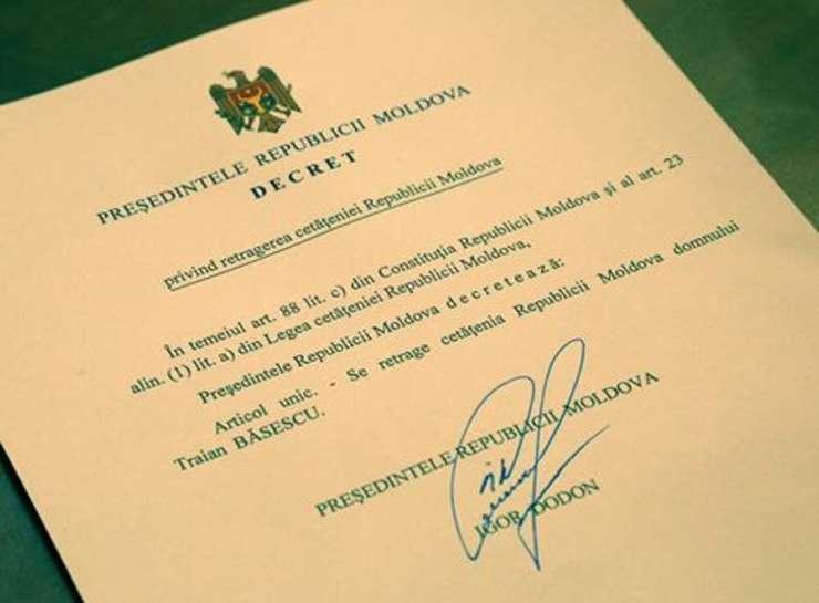 Decretul prin care Igor Donon i-a retras cetățenia moldoveană lui Traian Băsescu